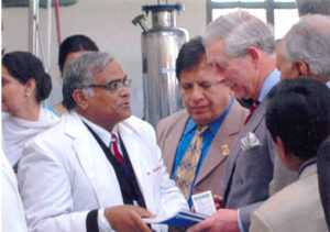 dr-madan-gulati-with-prince-charles